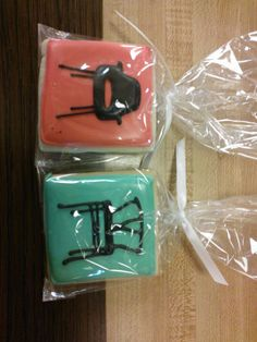 So cool! Cute cookie favors from the Arch Digest party!