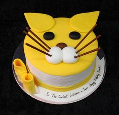 cute cat cake by The House of Cakes Dubai, via Flickr