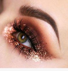 trendy makeup looks party make up Eye Makeup Art, Cute Makeup, Skin Makeup, Eyeshadow Makeup, Beauty Makeup, Simple Makeup, Drugstore Makeup, Natural Makeup, Gold Makeup