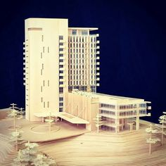 Outstanding architecture at private spaces, Richard Meier brings the perfect combination between architecture and design. Architecture Design, Facade Design, Concept Architecture, Futurism Architecture, Architecture Models, Arch Model, High Rise Building, Master Plan, Urban Design
