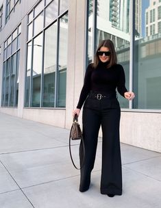 Today we are going to talk about work outfits for winter and I will show you my first job interview outfit. Hot Fall Outfits, Preppy Winter Outfits, Curvy Outfits, Sexy Outfits, Wide Pants Outfit, Black Denim Skirt Outfit, Outfit Work, Work Outfits, 80s Fashion