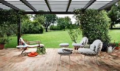 Cheira a #Verão na Baobart!  Quem não gosta de aproveitar o exterior quando os dias e noites começam a estar mais amenos?  Se quer aproveitar e desfrutar ao máximo o seu espaço, contacte-nos! Iremos ajudá-lo a criar o cantinho que precisa para relaxar, tomar o pequeno-almoço, ler um livro, conversar com amigos ou jantar à luz das estrelas... #decoração #designideas #homedecor #outdoor #interiordesign #decoration #arquitetura #fotografia #summerdays #inspiration #photography #summertime