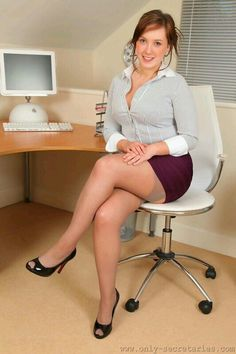 Secretary nylon stocking office fucking
