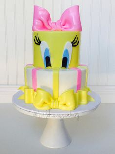 Little Hunnys Cakery creates beautiful custom cakes and cupcakes for any occasion Tweety Cake, Girly Cakes, Fancy Cakes, Cupcakes, Cupcake Cakes, Cake Paris, Foto Pastel, Bird Birthday Parties, Birthday Cakes