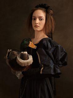 Sacha Goldberger - portrait with animals - Flemish painting