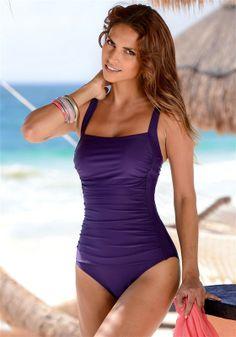 Swimsuits LASCANA Badeanzug auf SisterSurprise.de