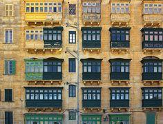Malta, maltese balconies