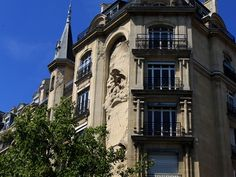 Cadran,façade au Marais