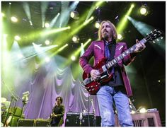Tom Petty and the Heartbreakers ( San Diego ) Aug 2014 Steve Winwood Tom Petty, Steve Winwood, Neil Young, Bob Dylan, In Boston, Musicals, Toms, People, Music Things