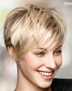 & Chic: These 10 short hairstyles are really too beautiful not to even try! - Page 8 of 10 - Hairstyles Apart & Chic: These 10 short hairstyles are really too beautiful not to even try! - Page 8 of 10 - Hairstyles Cute Hairstyles For Short Hair, Summer Hairstyles, Straight Hairstyles, Beautiful Hairstyles, Undercut Hairstyles, Pixie Hairstyles, Pixie Haircut, Short Straight Hair, Short Hair Cuts