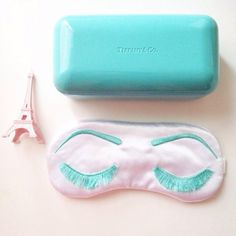 This satin sleep mask gift set by GoiaBoutique via Etsy is inspired by Breakfast at Tiffany's #bridesmaidgifts #bridalshower