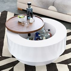 Influenced by his homes in Brazil, Paris and the Bahamas, Lenny Kravitz's new furniture line mixes glam finishes with global style. Designed in collaboration with CB2, the collection epitomizes rock-star chic with hints of '70s New York glam and retro California cool, with lush textiles, leather,...