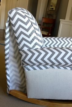 Amy's Casablanca: Quick and Easy Upholstery! Might have to try this on our beautiful blue rocking chair