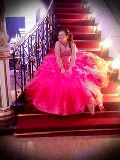 Vestido de Quince Rosa pink  bordado en plata