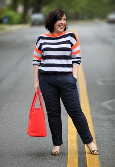 fashion over 40 over 40 casual outfits Petite Fashion, Curvy Fashion, Trendy Fashion, Plus Size Fashion, Fashion Trends, Womens Fashion, Feminine Fashion, Fashion Clothes, Fashion Outfits
