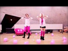 PONPONPON dance, i wanna do this someday.