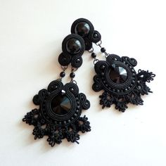 Gothic soutache earrings with tatting by Lolissa on Etsy