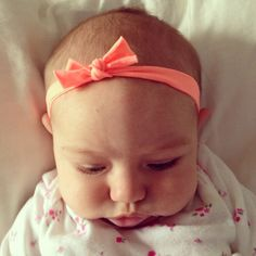 DIY baby headband from a pair of tights #DIY #headbands
