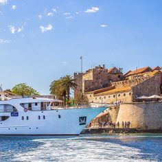 Our Premier Plus Ship, Diamond in Croatia
