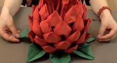Jak vyrobit dechberoucí květ z ubrousků? Nádherná dekorace na každé stolování! Succulents, Arts And Crafts, Rose, Flowers, Plants, Salads, Pink, Roses, Flora