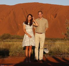 The couple looked to be enjoying their visit to the famous Northern Territory location, although Kate did tell onlookers she was struggling with the flies.