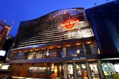 Image 7 of 25 from gallery of Bangkok City Guide: 23 Places to See in Thailand's Capital. © Courtesy of Hard Rock Cafe Peninsula Bangkok, Siam Discovery, Go Guide, Famous Places, Grand Hotel, Tenerife, Thailand Travel, Best Hotels, Cafes