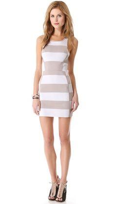 Super flattering dress.