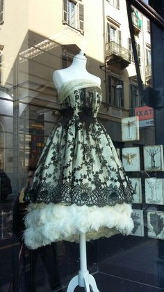 Beautiful #weddingdress at Provasoli, #turin