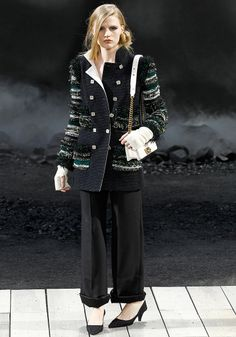 Chanel Fall 2011 RTW - Review - Vogue
