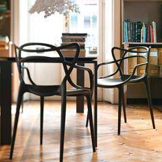 Kartell Masters stoel | Direct Design. Vooral de mintgroene is erg mooi in combinatie met hout