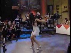 Χάρις Αλεξίου : Το Ζεϊμπέκικο Της Ευδοκίας (Live) - Ορχηστρικό Ξαφνικά μπαίνει…