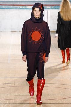 Vivienne Westwood Fall/Winter 2017 - Fucking Young!