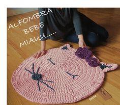 Alfombra de trapillo para bebe. Tamaño y color personalizable. www.beeka.es