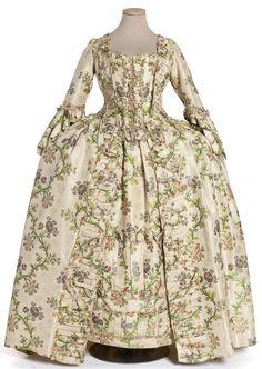 Robe à la française, manteau de robe et jupe, France, vers 1760
