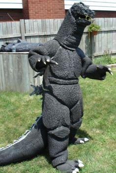 Godzilla Costume by JFakeWeston on DeviantArt Easy College Halloween Costumes, Couple Halloween, Diy Halloween, Halloween Makeup, Godzilla Costume, Carnival Costumes, Better Half, Best Couple, Costumes For Women
