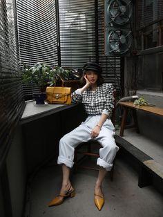 Korean Street Fashion, Korea Fashion, Asian Fashion, Daily Fashion, School Fashion, Edgy Outfits, Fashion Outfits, Womens Fashion, Fashion Poses