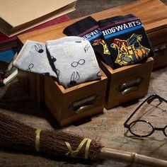 Harry Potter Socks, Dobby Harry Potter, Harry Potter Houses, Potters House, Sock Shop, Guys And Girls, Slytherin, Kids Boys, All The Colors