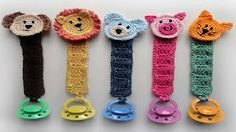 With this pattern by Crochet Spot Patterns you will lear how to knit a Pacifier Holder with Animals step by step. It is an easy tutorial about animal to knit with crochet or tricot.Pacifier Holder with Animals pattern by Rachel Choi. Great gift idea for a Crochet Crafts, Crochet Toys, Free Crochet, Knit Crochet, Booties Crochet, Learn Crochet, Crochet Fruit, Knitting Projects, Crochet Projects