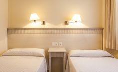 Tenemos preparadas habitaciones dobles en nuestro aparthotel de Chiclana, para cuando vengas con tus niños. #ILUNION #aparthotel #SanctiPetri www.iluniontartessus.com/apartamentos.htm