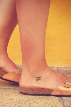 40 Tiny Travel Tatto