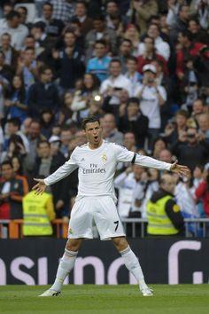 Cristiano celebra su primer gol a Osasuna