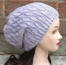http://www.ravelry.com/patterns/library/elise-beanie