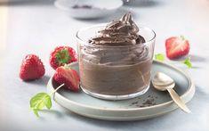 Sunn sjokolademousse med kremost | Hverdagsdessert Panna Cotta, Food And Drink, Pudding, Yummy Food, Baking, Healthy, Ethnic Recipes, Desserts, Foods