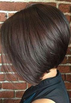 Classic angled bob Stacked Haircuts, Asymmetrical Bob Haircuts, Angled Bob Hairstyles, Straight Hairstyles, Short Angled Bobs, Stacked Bobs, Layered Bobs, Inverted Bob, Pixie Haircuts