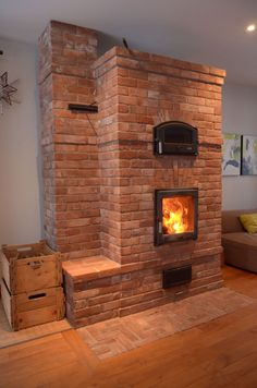 Foyers, Rideaux Design, Stone Masonry, Garage Makeover, Stove Oven, Rocket Stoves, Log Burner, Underfloor Heating, Facade House