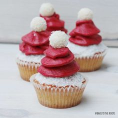 Santa's little Cupcakes | Bake to the roots