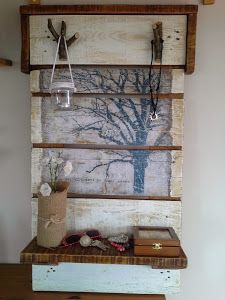 The Best DIY Wood and Pallet Ideas: De palet a precioso mueble de diseño para el recib...