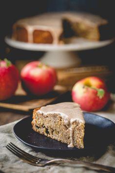 Maple Apple Almond Cake | Thanksgiving | Dessert | Whole Wheat | Baking | Holiday | Healthy Seasonal Recipes @healthyseasonal