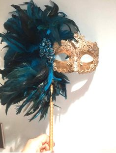 Masquerade theme - Mask on a Stick Feather Mask Mardi Gras – Masquerade theme Masquerade Ball Party, Masquerade Theme, Masquerade Party Decorations, Halloween Masked Ball, Cool Halloween Masks, The Mask Costume, Plastic Mask, Coque Feathers, Feather Mask