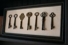Over Ten Great Vintage Decor Ideas - Rustic Crafts & Chic Decor Old Key Crafts, Rustic Crafts, Shabby Vintage, Vintage Decor, Vintage Ideas, Vintage Stuff, Shabby Chic, Key Frame, Key Projects